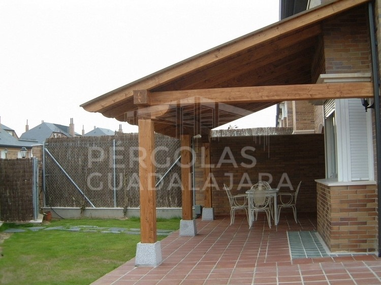Porches de madera r sticos en madrid y guadalajara - Porches de madera en madrid ...