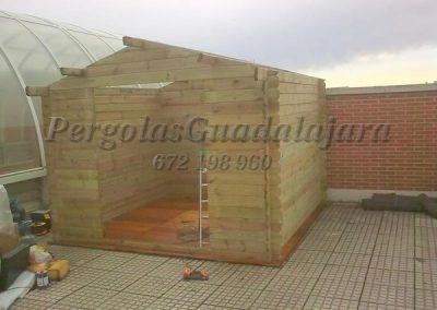 caseta-de-carpinteria-de-madera-de-exterior-guardar-herramientas-jardin(1)