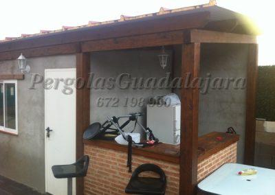 chiringuito-exterior-carpinteria-de-madera-tropical-precio(1)
