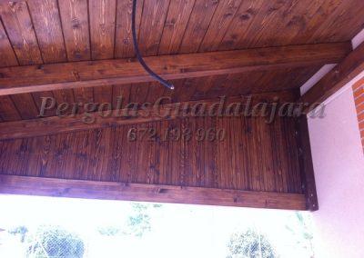 cierre-lateral-cartabon-vigas-laminadas-precio-madrid-cerrado-con-carpinteria-de-madera(1)