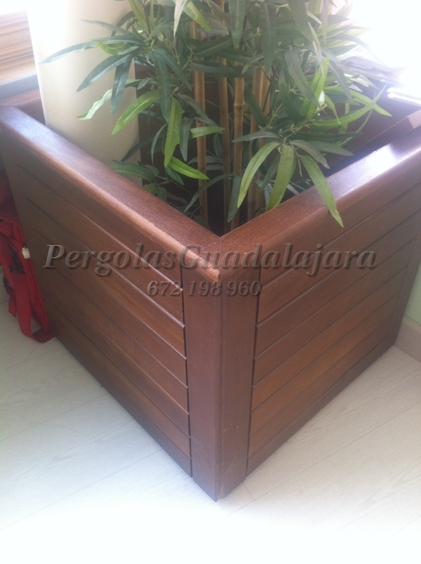 Proyectos de carpinter a p rgolas guadalajara - Jardineras de madera para exterior ...