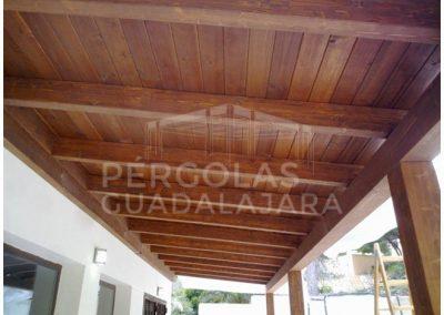 porche madera nogal