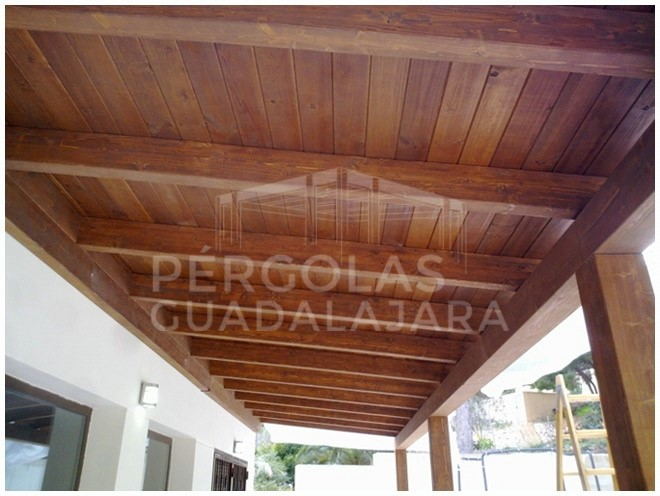 Porches de madera rsticos en Madrid y Guadalajara