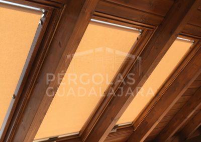 porche madera velux